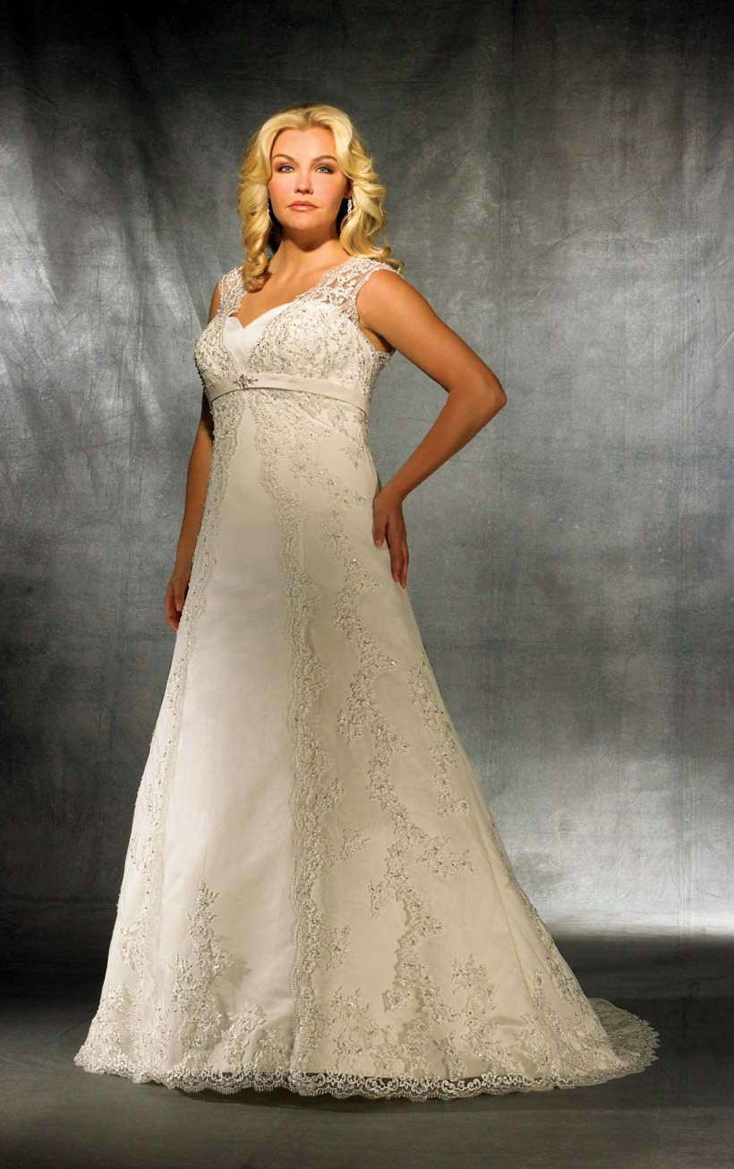 A Lace Wedding Dress Plus Size