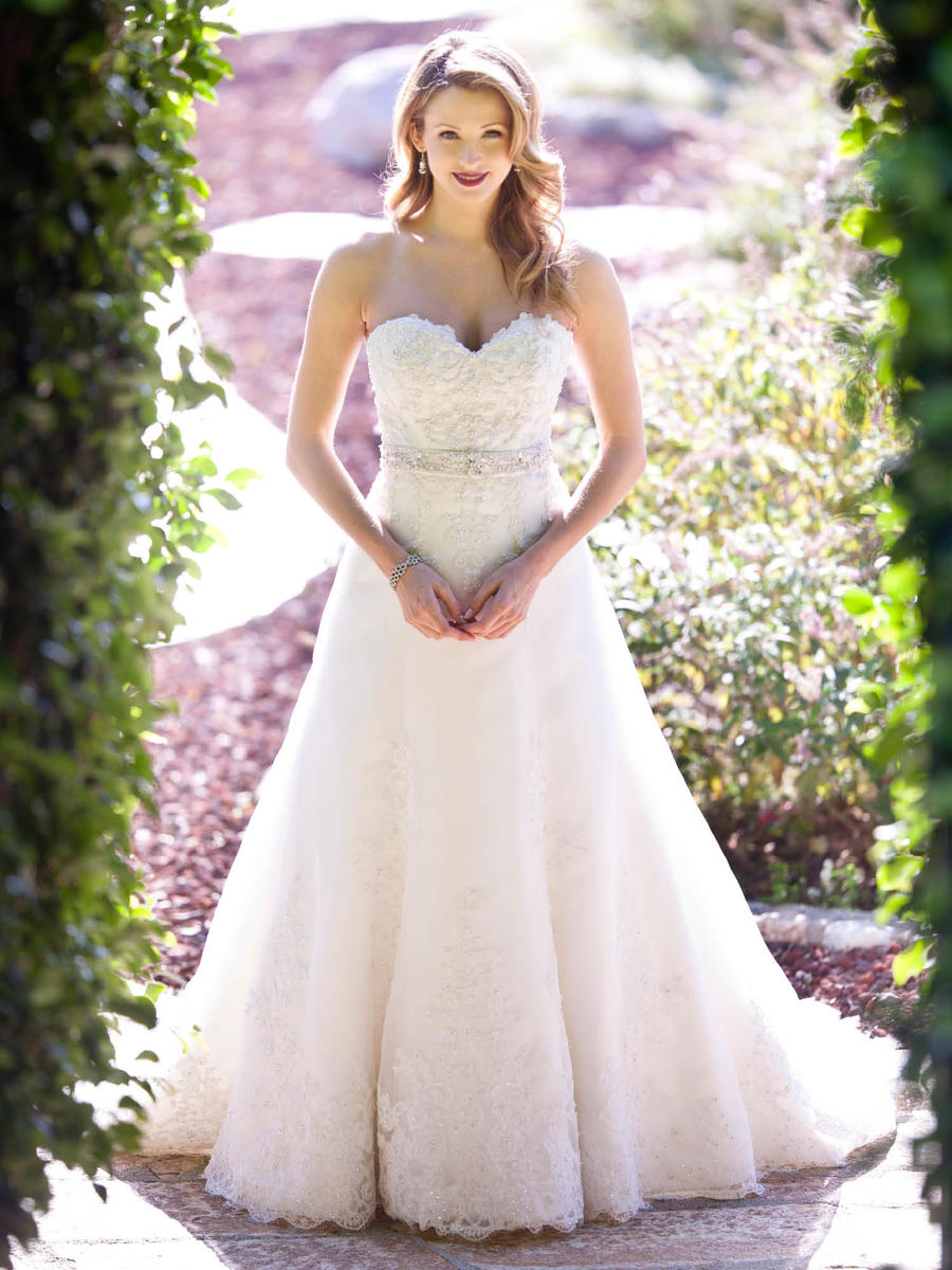 An A-line wedding dress by Kenneth Winston