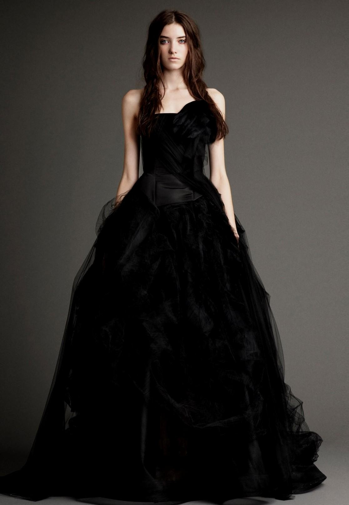 A black wedding dress