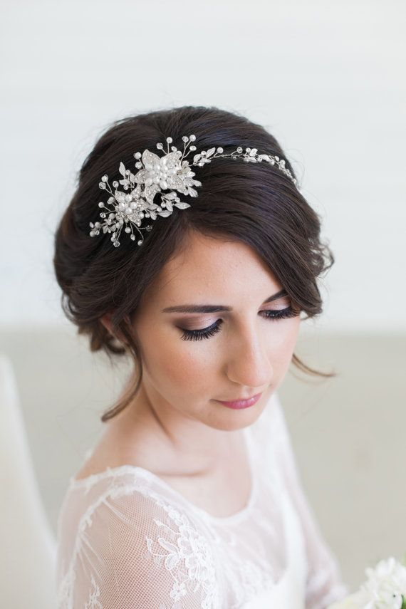 Crystal accessories for bride hairstyle