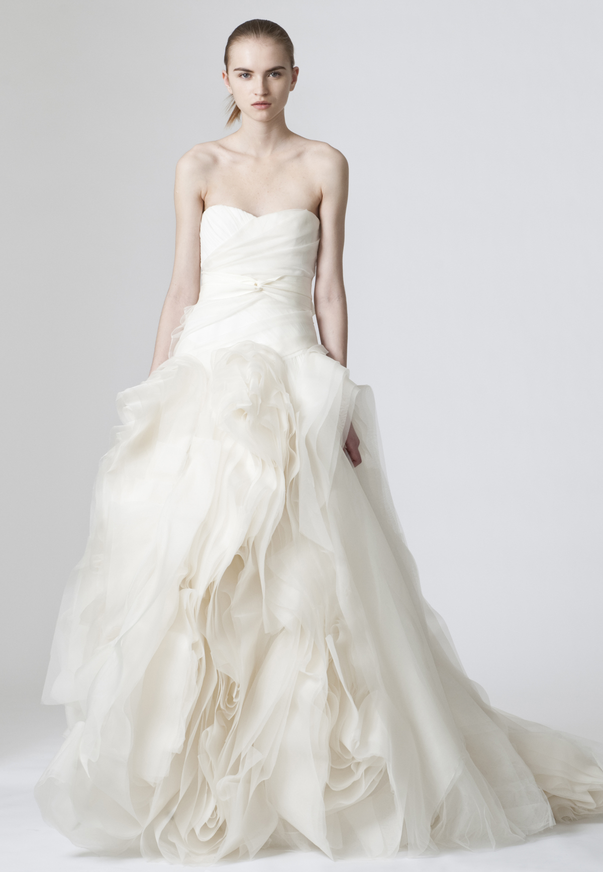 The review of iconic vera wang diana wedding dress the for Best vera wang wedding dresses