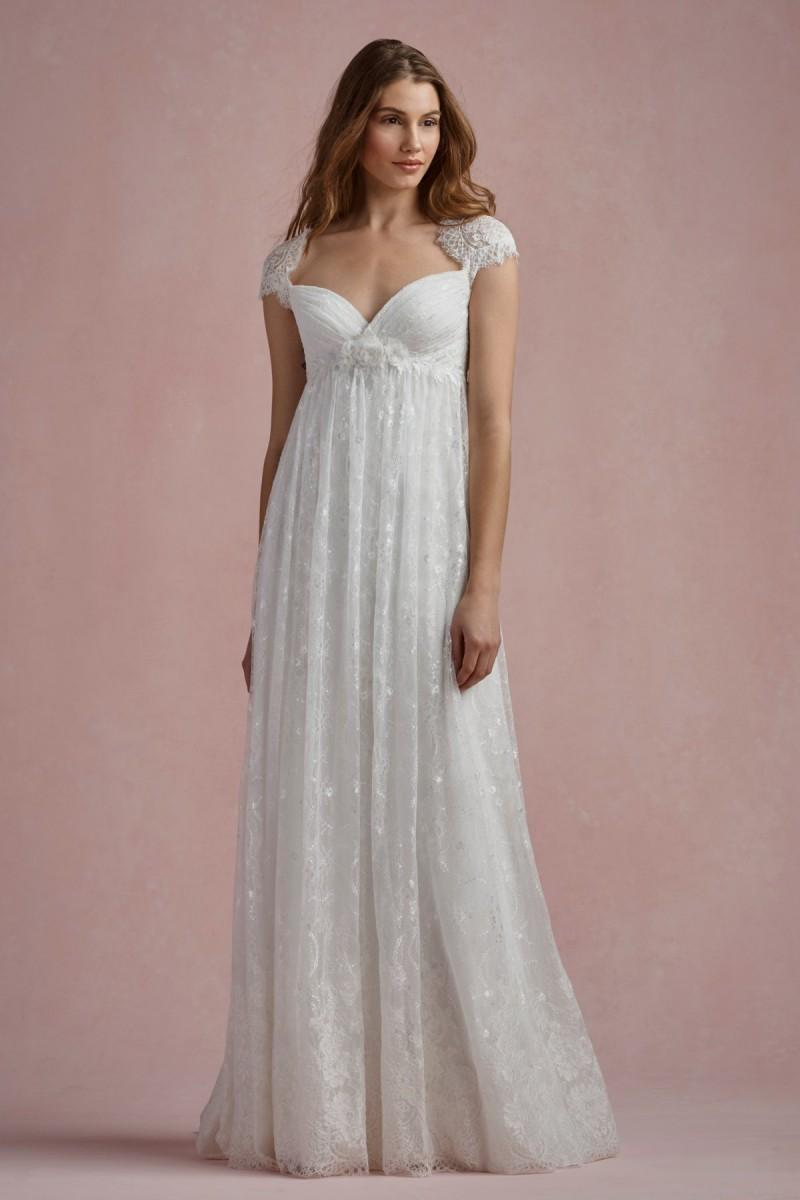 What are the best wedding dresses for petite brides the for Wedding dresses for tall skinny brides