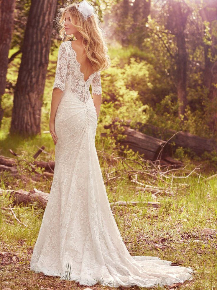 A Lace Country Wedding Dress