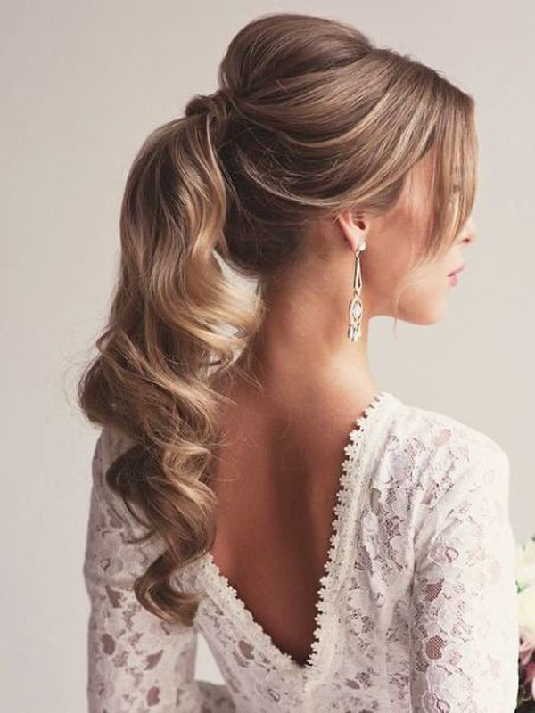 A ponytail bridal hairstyle