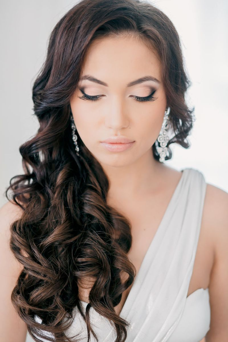 Romantic curls for wedding hairstyl