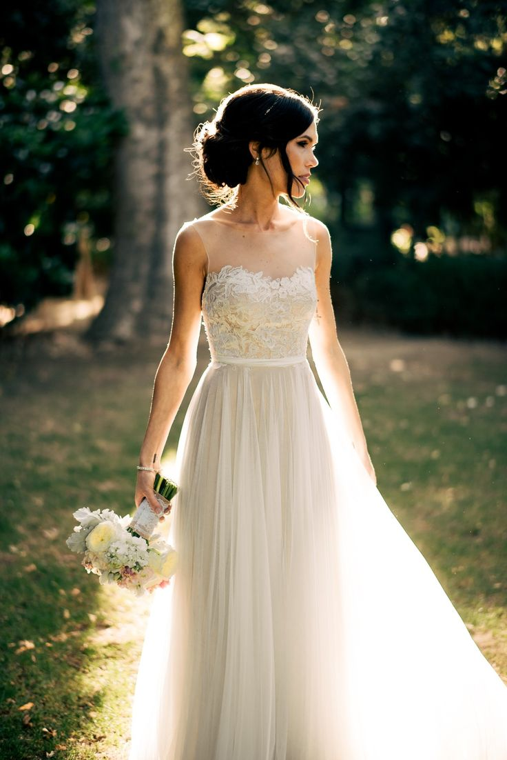 The tips on choosing country wedding dresses the best wedding a rustic wedding dress junglespirit Choice Image
