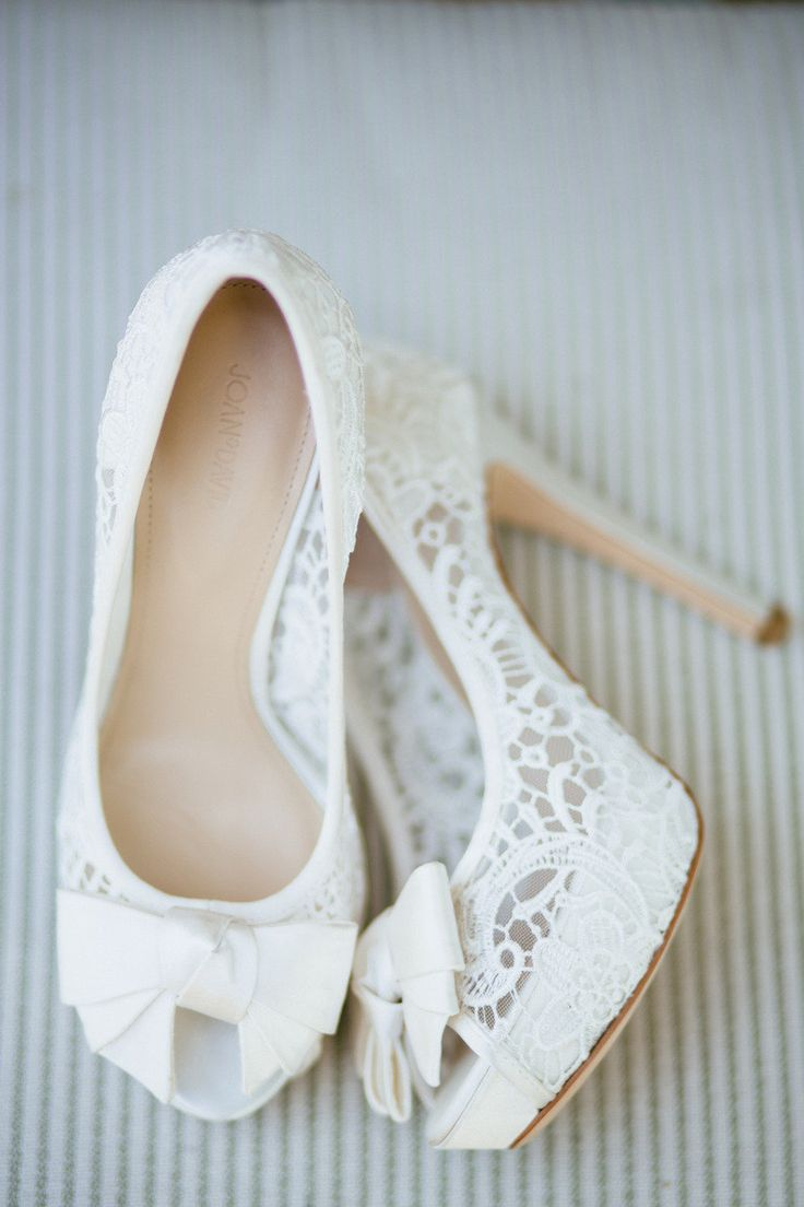 Wedding shoes with high heels