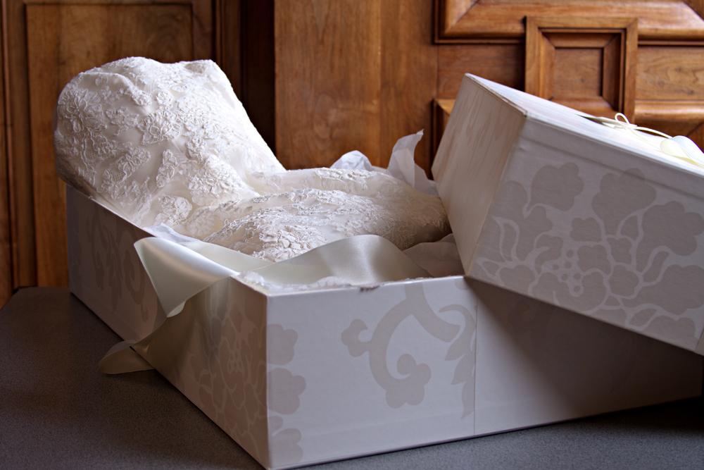 If you want to have your wedding gown boxed,be ready to pay extra