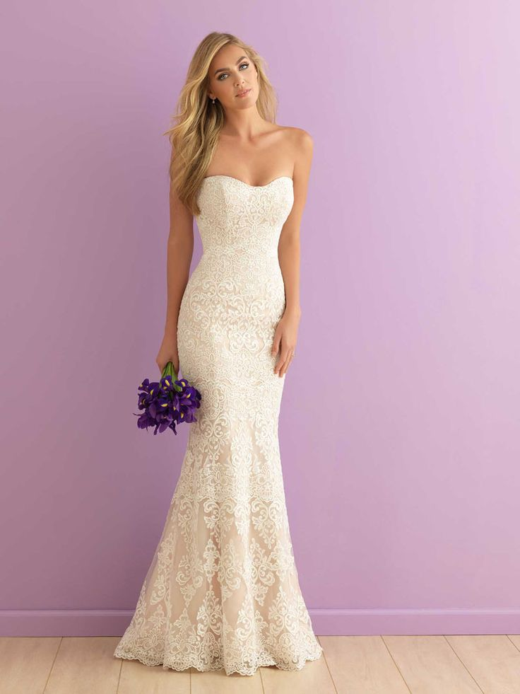 Ivory lace wedding dress strapless pink