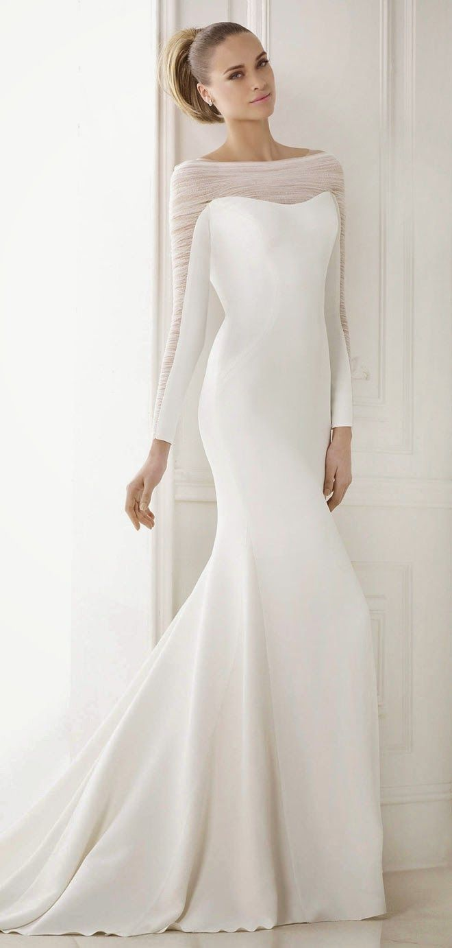 A simple wedding dress with long sleeves