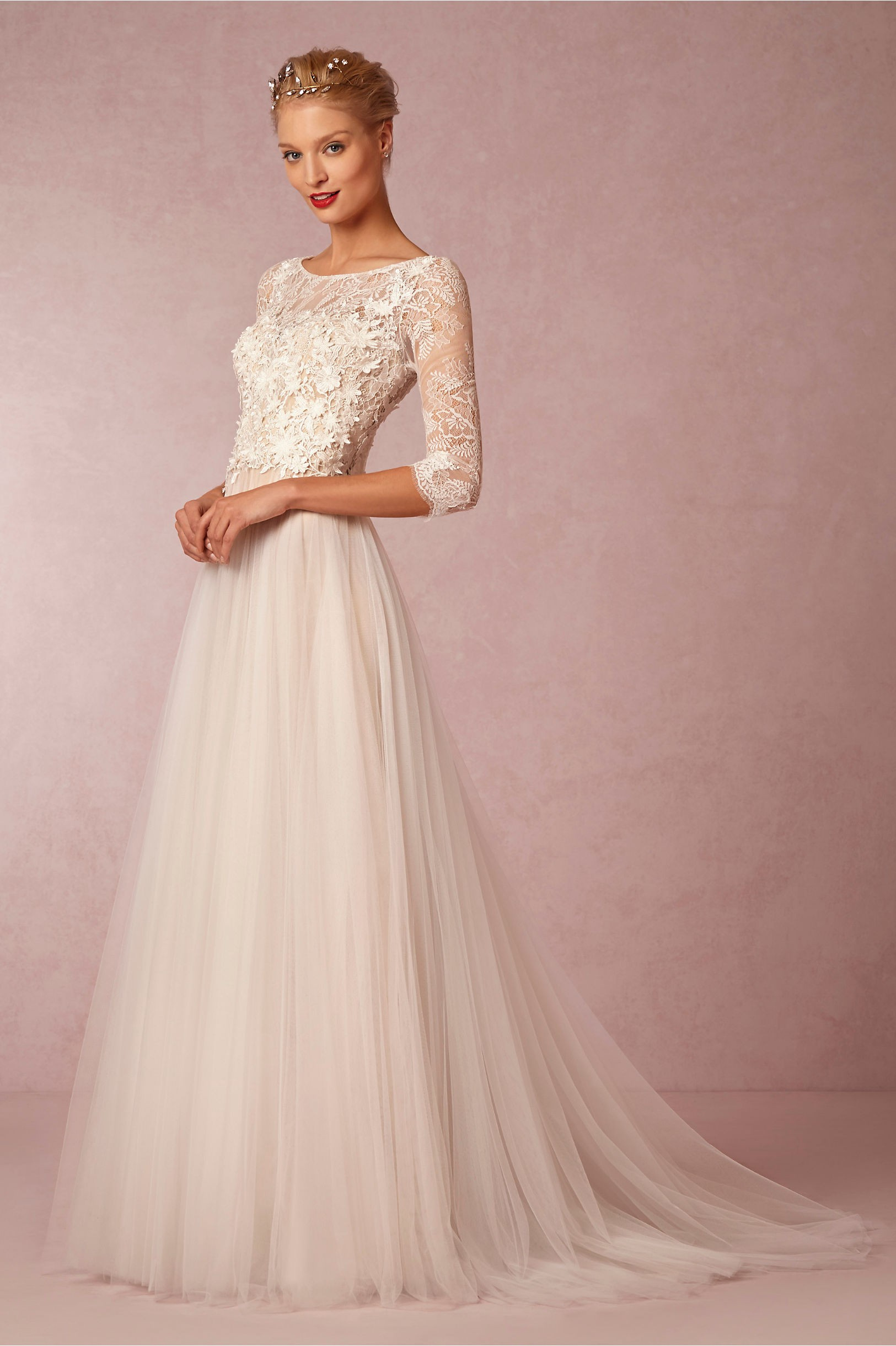 A-line wedding dress with three quarter sleeves