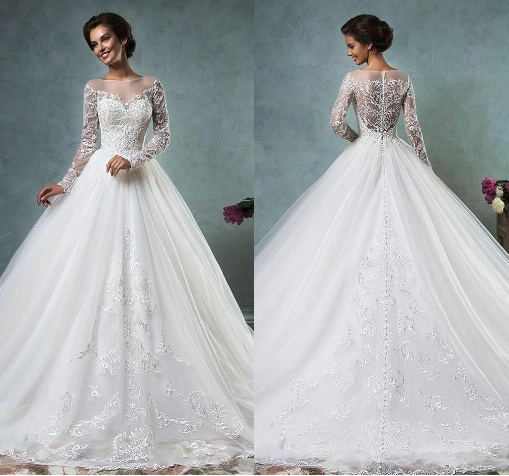 Ball gown wedding dress by Amelia Sposa