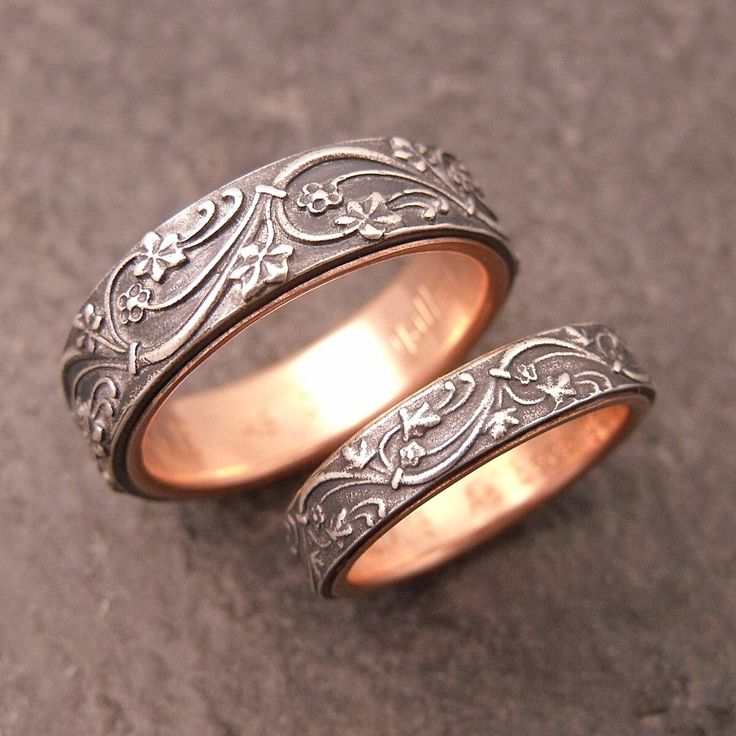 Vintage wedding rings for him and her