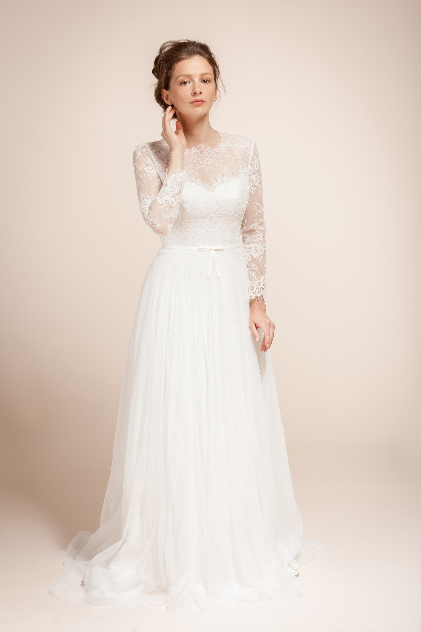 Wedding dress with delicate lace