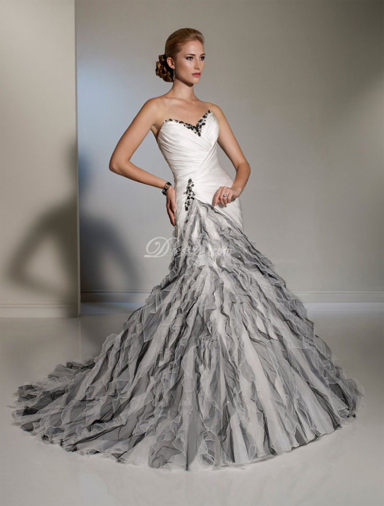21 unique wedding dresses ideas for brides who don t want for Silver and white wedding dresses