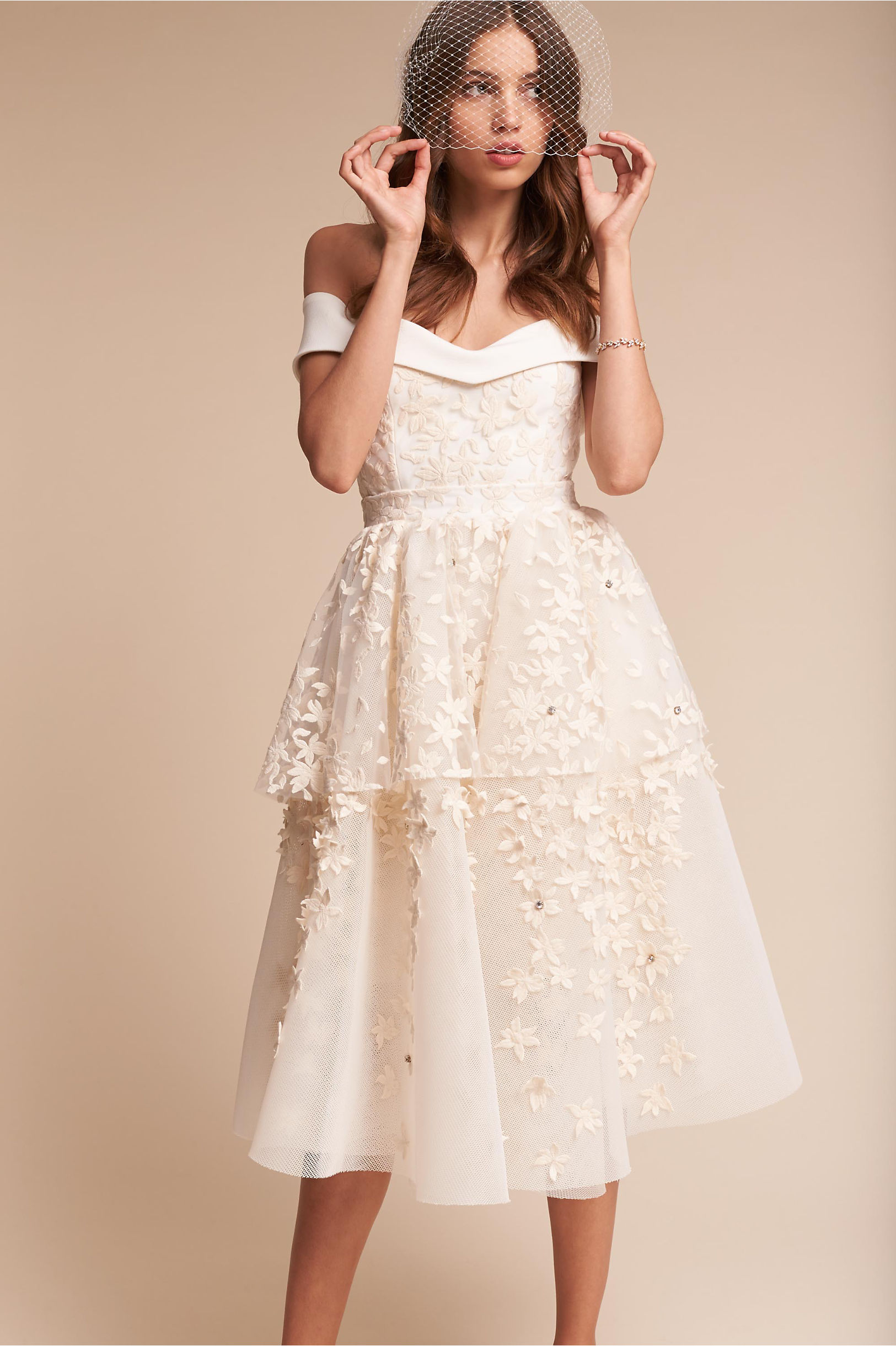 short white wedding dresses 25 astonishing vintage wedding dresses from modern wedding 7365