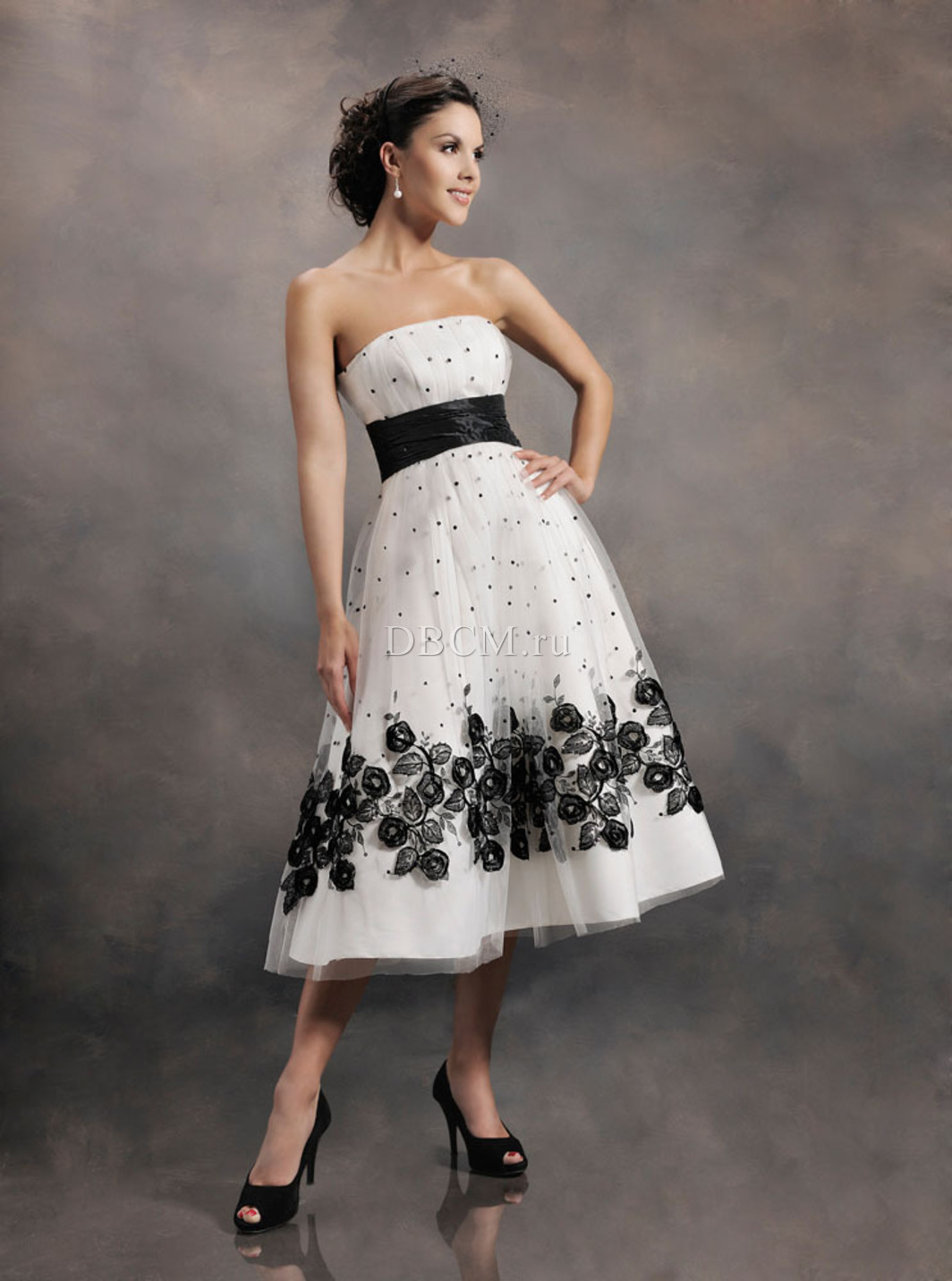 Strapless tea-length wedding dress black and white