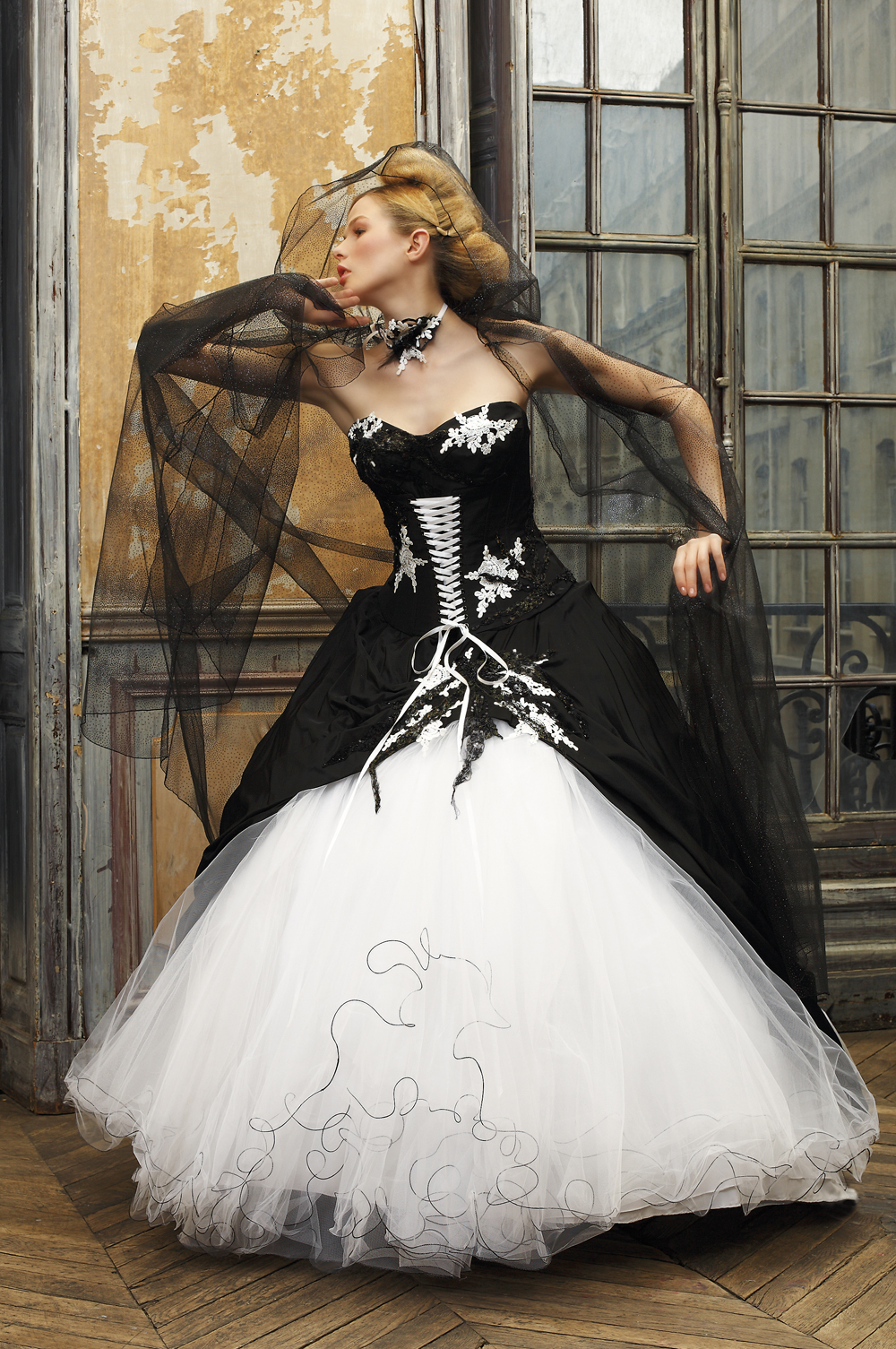 30 Ideas Of Beautiful Black And White Wedding Dresses The Best