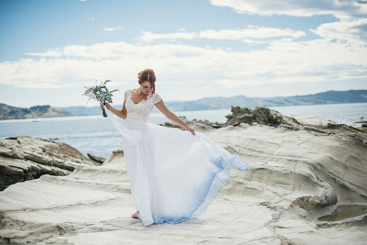 Wedding dresses for the beach the best wedding dresses tips on choosing beach wedding dresses for destination weddings junglespirit Image collections