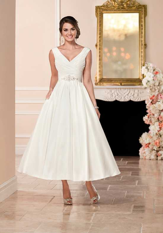 Tea-length wedding dress