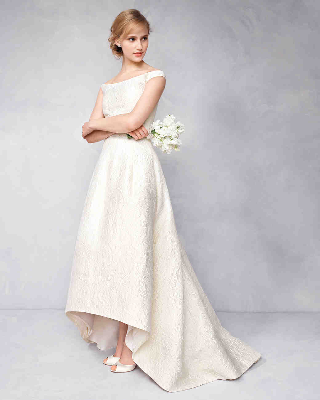 How to Look Stylish and Beautiful in Casual Wedding Dresses? | The ...