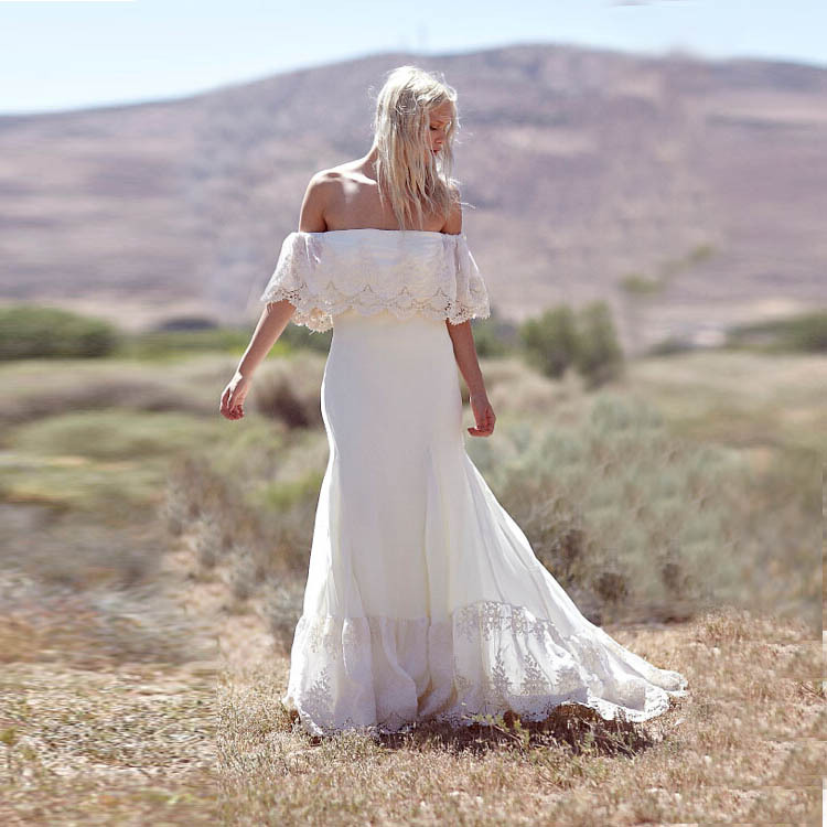 How to look stylish and beautiful in casual wedding for Off the shoulder beach wedding dresses