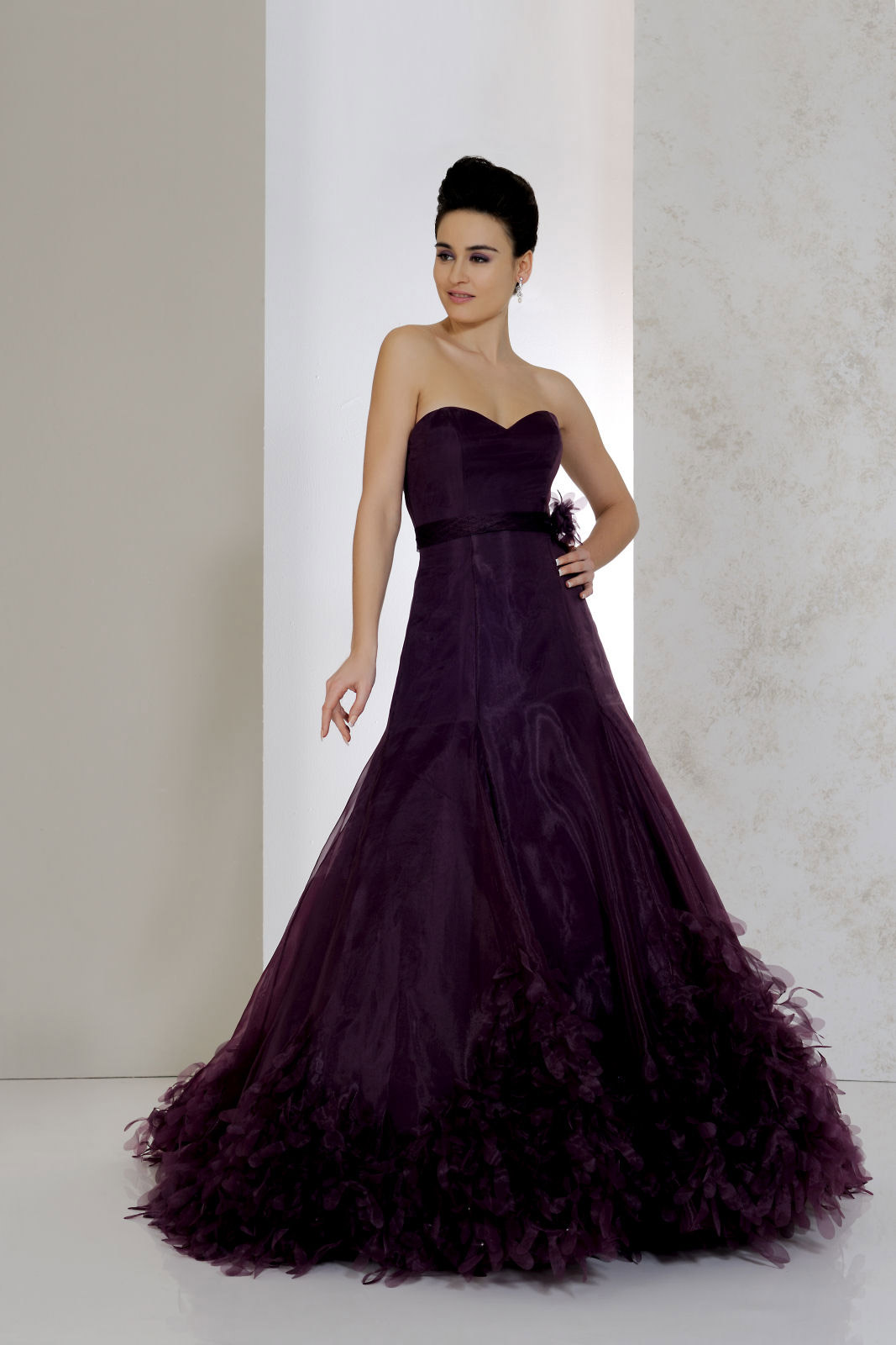 how to look less gloomy in gothic wedding dresses  the
