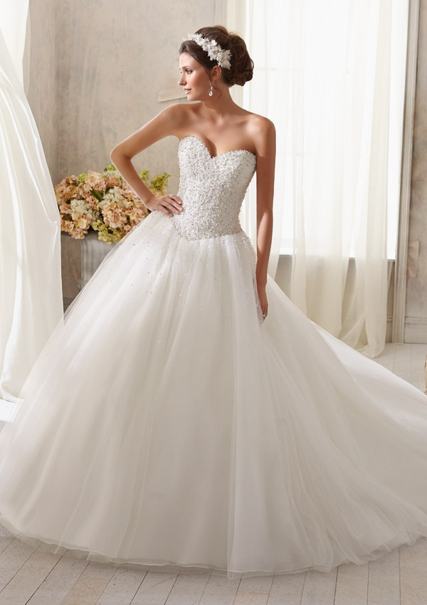 Strapless wedding dress with crystals beading