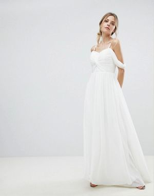 Cold-shoulder wedding dress