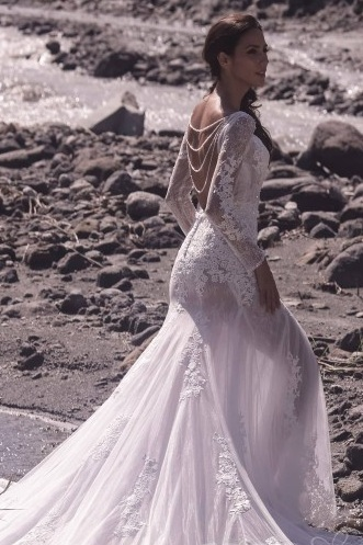 Mermaid wedding dress by Cocomelody