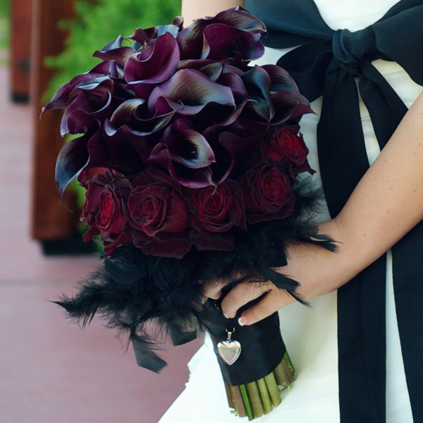 How To Look Less Gloomy In Gothic Wedding Dresses The Best