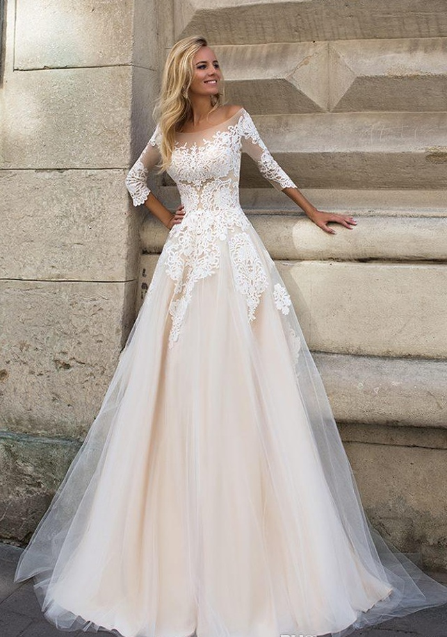 A-line wedding dress with sleeves