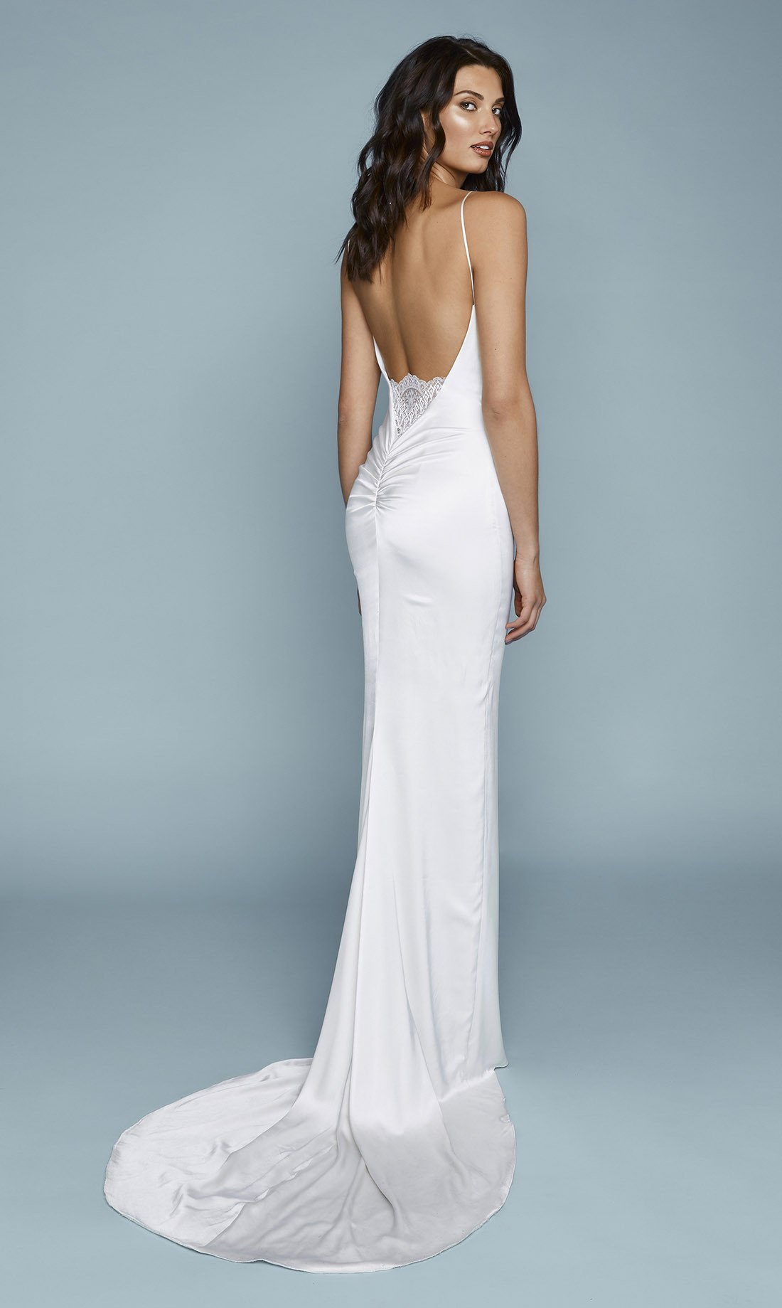 21 Astonishing Ideas of Backless Wedding Dresses | The Best Wedding ...