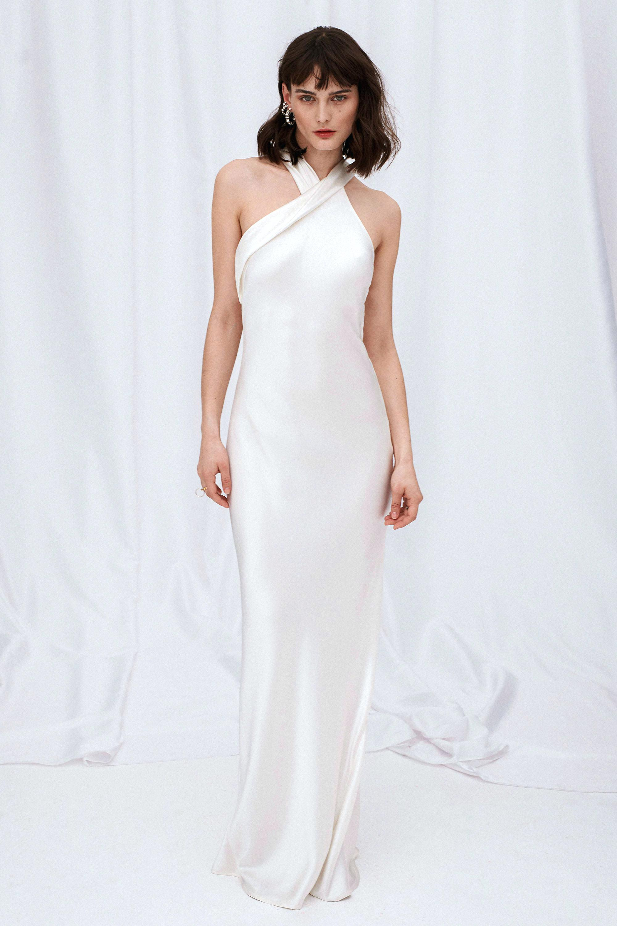 Sleek elegant wedding dress
