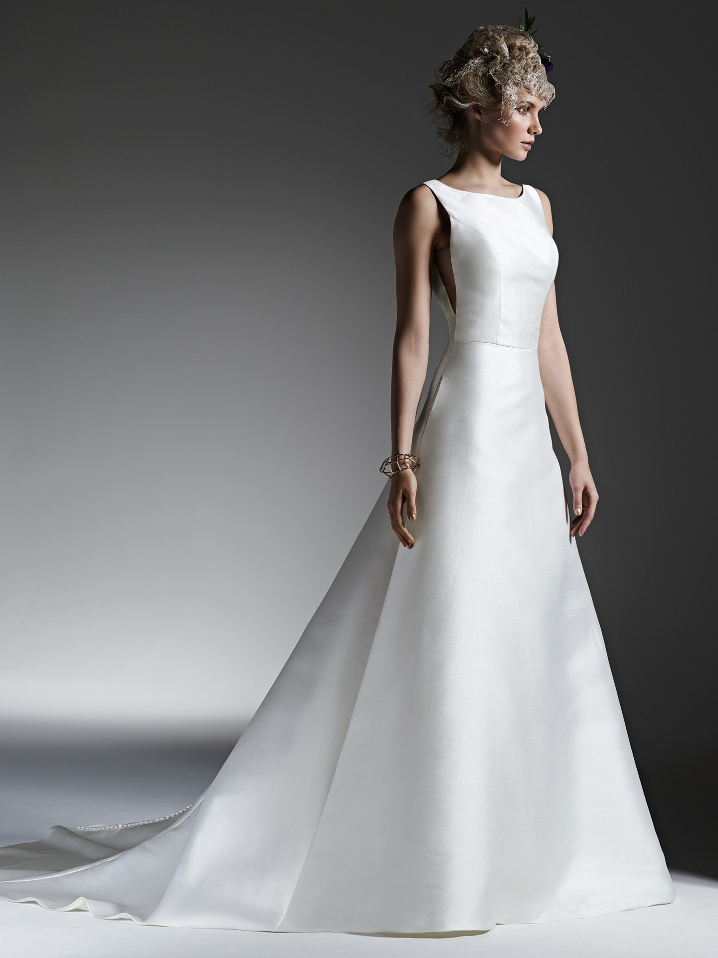 Minimalist A-line wedding dress