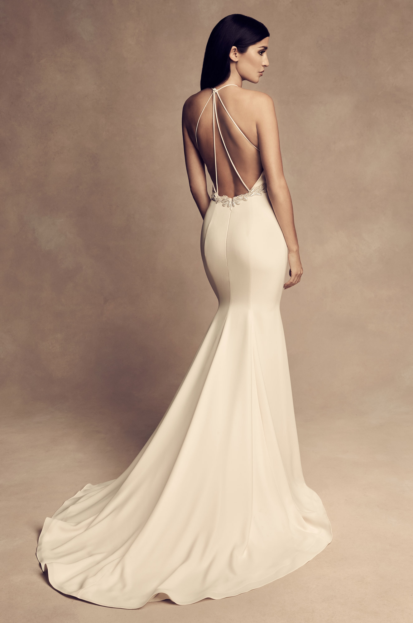 Elegant open back wedding dress