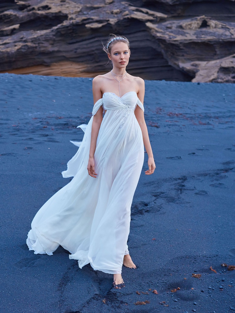 Open shoulders empire waist wedding dress