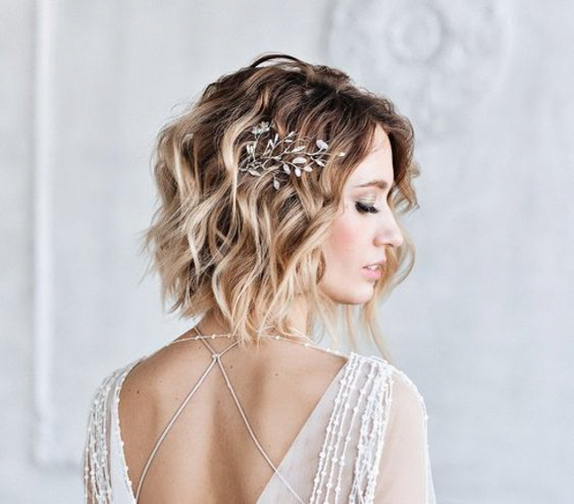 Bridal headpiece for short hair