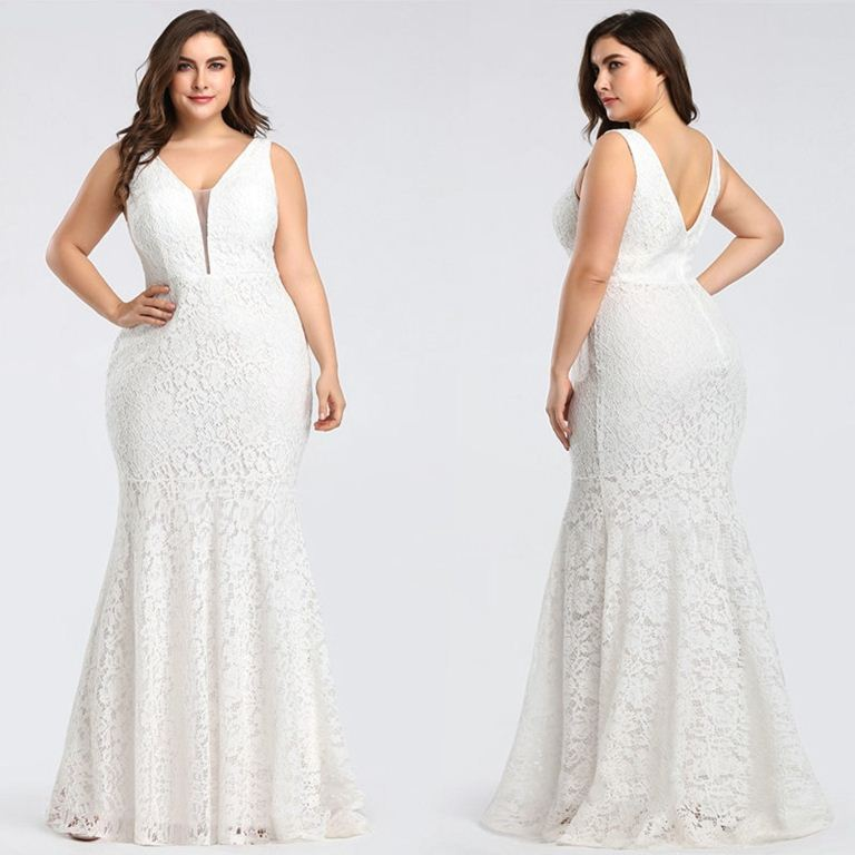 Plus size mermaid wedding dress