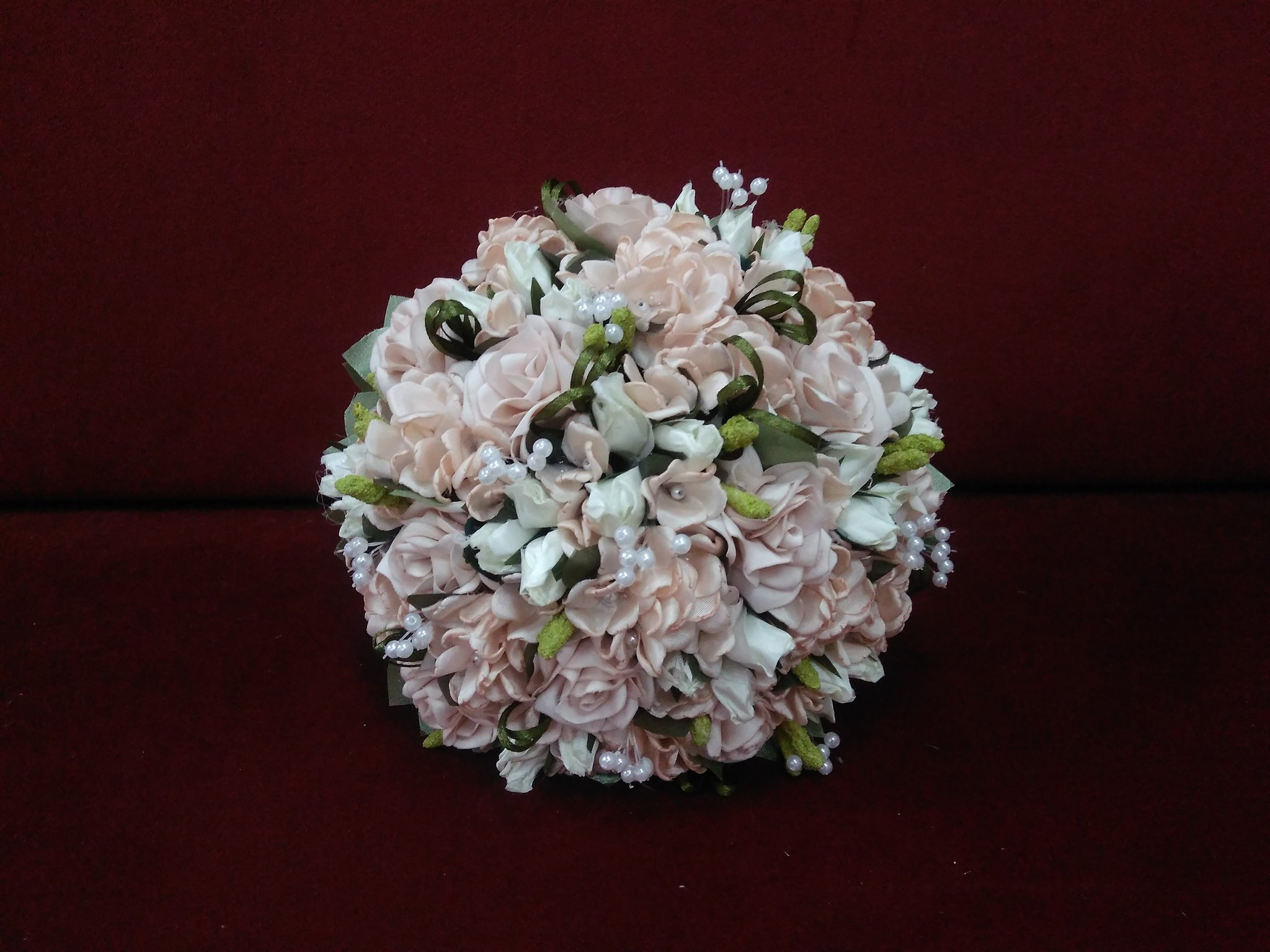 Blush wedding bouquet of roses