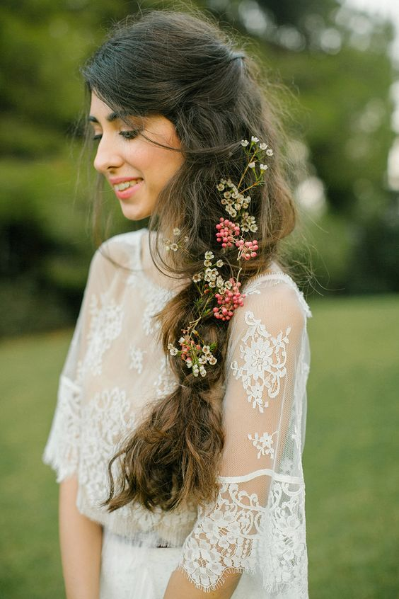 Messy braid with flowers
