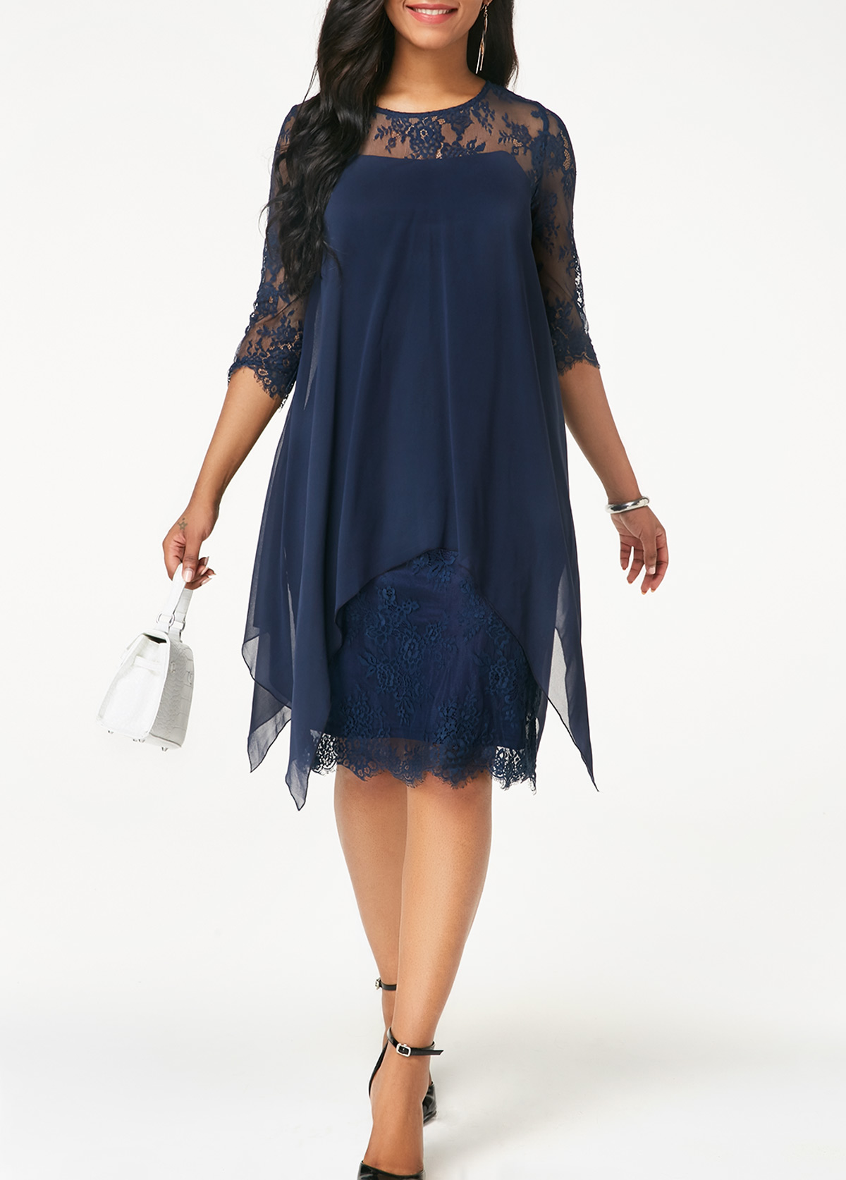 Lace and chiffon dress with sleeves