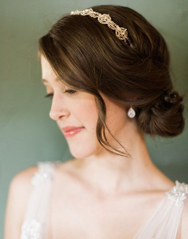 Wedding headband with chignon hairstyle