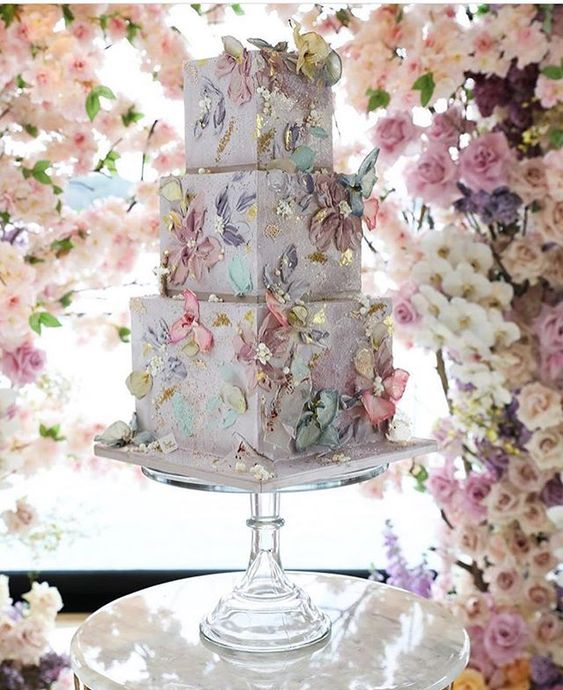 Artistic square wedding cake