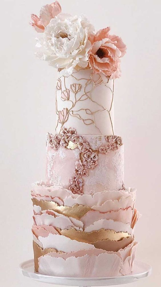 Artistic wedding cake